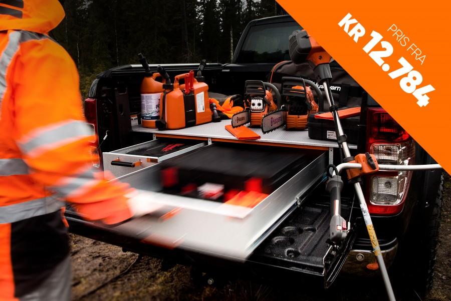 Dobbeltgulv og forhøyet gulv hjelper deg å få maksimal plass i arbeidsbilen.